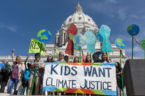 Kids_Want_Climate_Justice_(34168280266)_CC